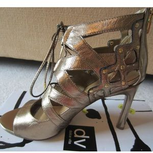 Dolce Vita Safia Gold Copper Lace Up Heels Sz 8.5